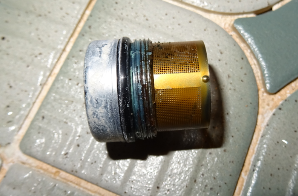 サーモスタット混合栓のフィルター