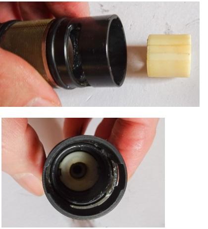 TOTO製蛇口(サーモスタット混合栓)温度調節ユニットTH576型の分解修理方法 ケースにバルブを入れる